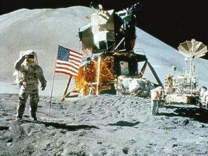 Эдвин Олдрин и Нил Армстронг -астронавты NASA,
