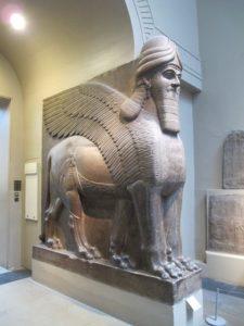 Статуя ламассы