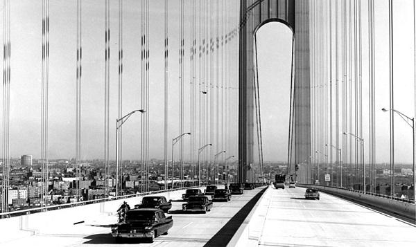 Первый кортеж по Верразано мосту