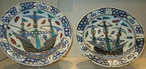 2 тарелки с кораблями. Турция. Отоманский период. XVII век.