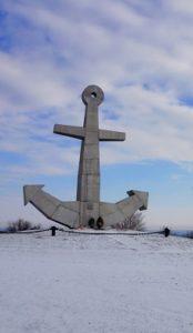 Памятник героям на высоте 101.0